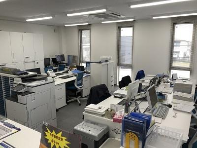 新しくなった小出運送のオフィス